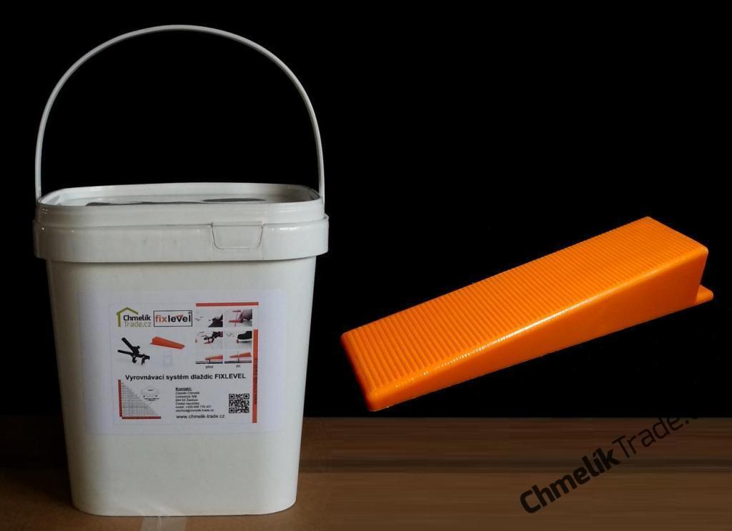 Klín Fixlevel (500ks/balení) v plastovém kbelíku